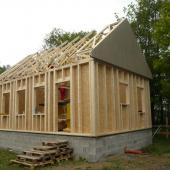 Montáž dřevostavby z využitím našich stěnových panelů