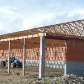 Krov na hale 63x18 metrů realizovaný během jediného dne?